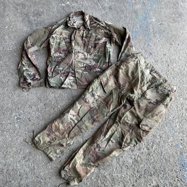 "Army Combat Uniform MULTICAM "" Offizielle US Army Uniform """